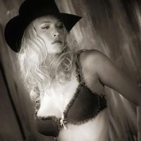 Cowgirl-Beach-wear